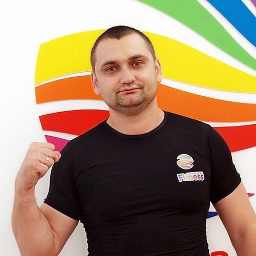 Роман Черников